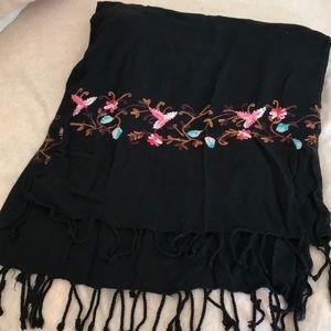 Vintage floral embroidery black soft knit shawl